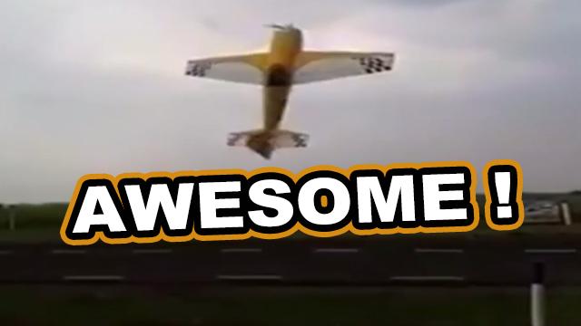 heftige showeinlage kunstflieger auf einer flugshow usa