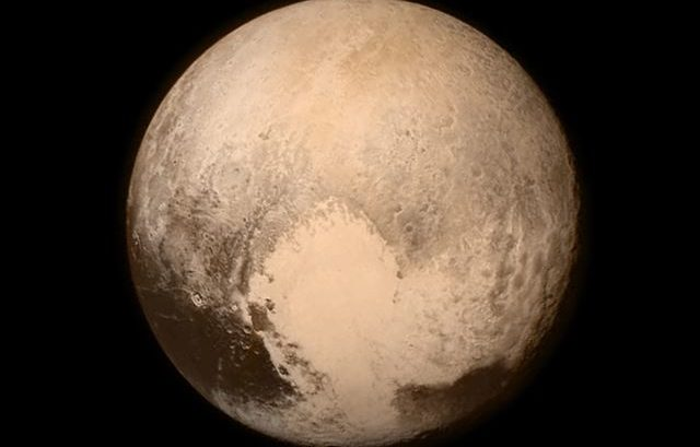 Pluto-Flyby-2015-New-Horizons-Nasa-Space-Weltraum-Pictures-Video-Cover