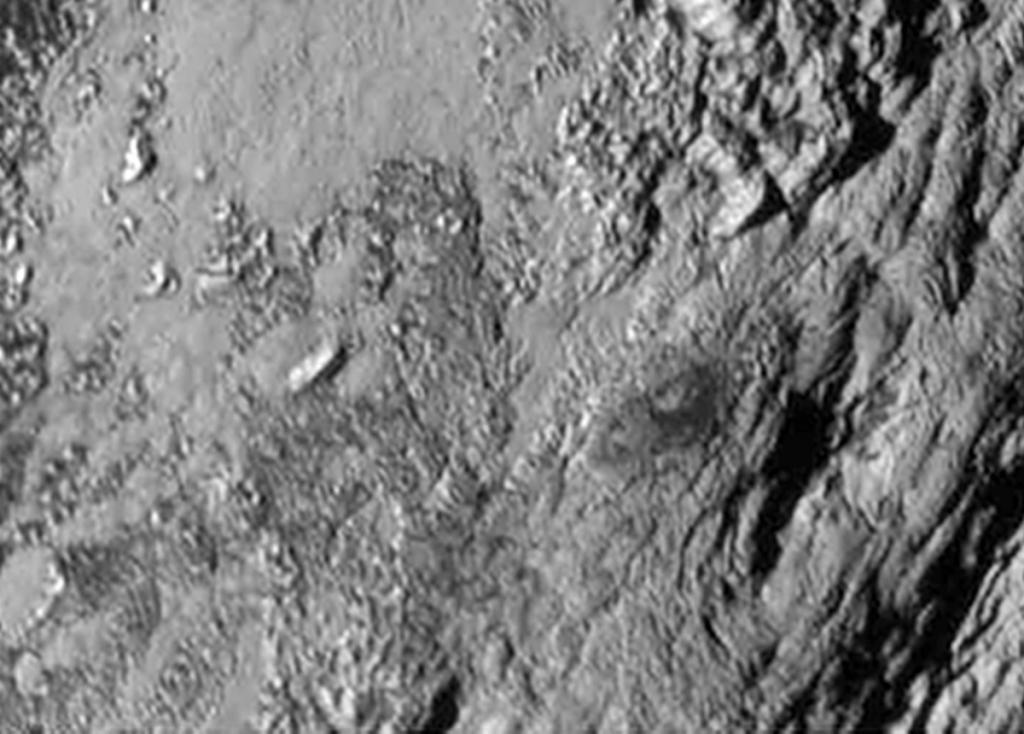 Nasa hat ein riesiges Eisgebirge auf Pluto entdeckt