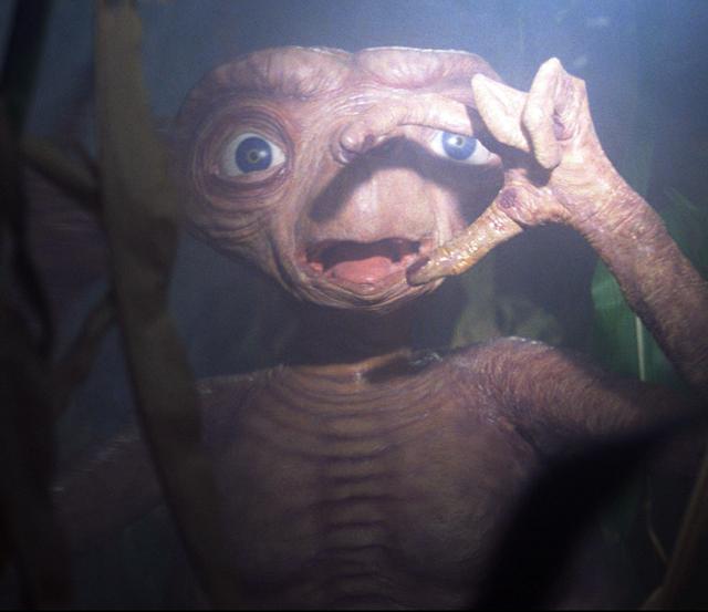 et der ausserirdische 80er kinderfilm nach hause telefonieren finger deutscher trailer (1)