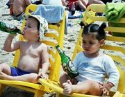 lustige kinder am strand lustiges kinder video