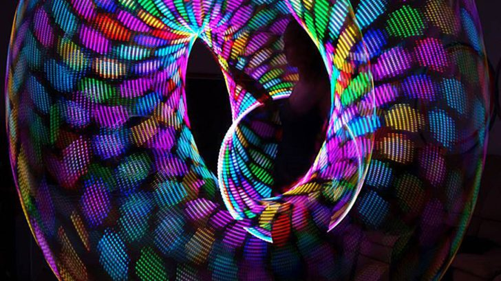 Hyperion Loop Looks Like LED Hula Hoop Hier Kaufen Bilder Videos Toys