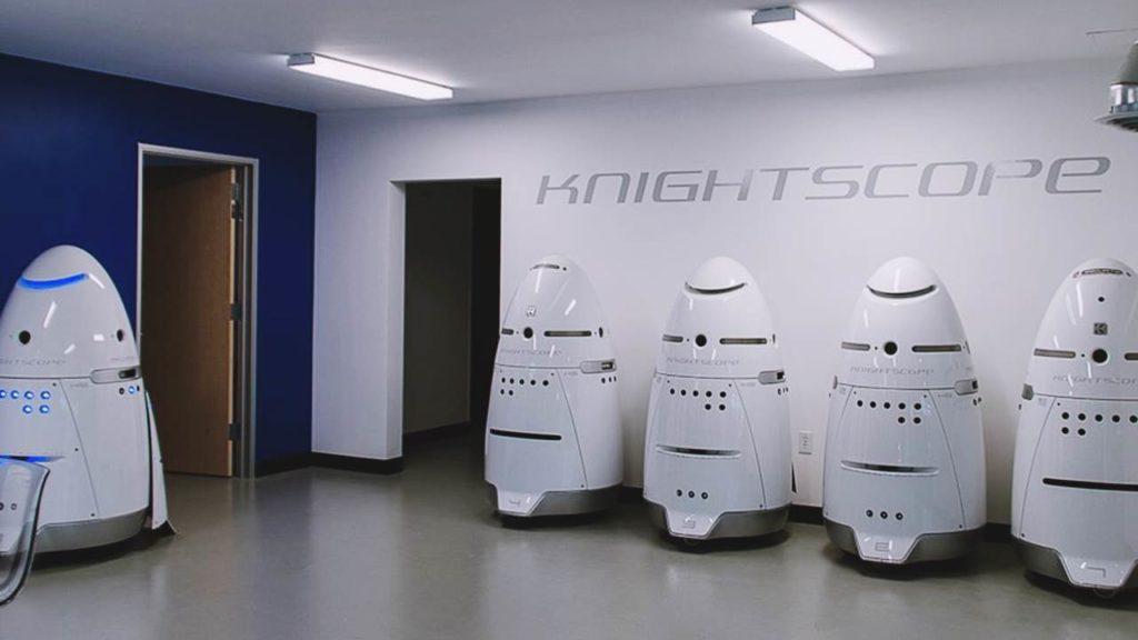 Sicherheitsroboter Knightscope K5 ertränkt sich selbst in einen Brunnen