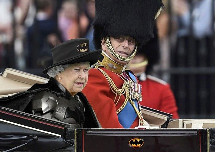 Green Screen Queen Die Königin als Meme