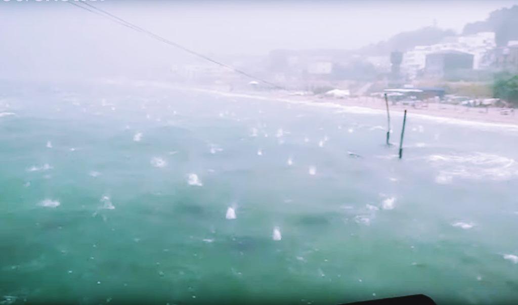 Sturmböen Unwetter und Orangen Große Hagelkörner in Italien Ein Land im Ausnahmezustand