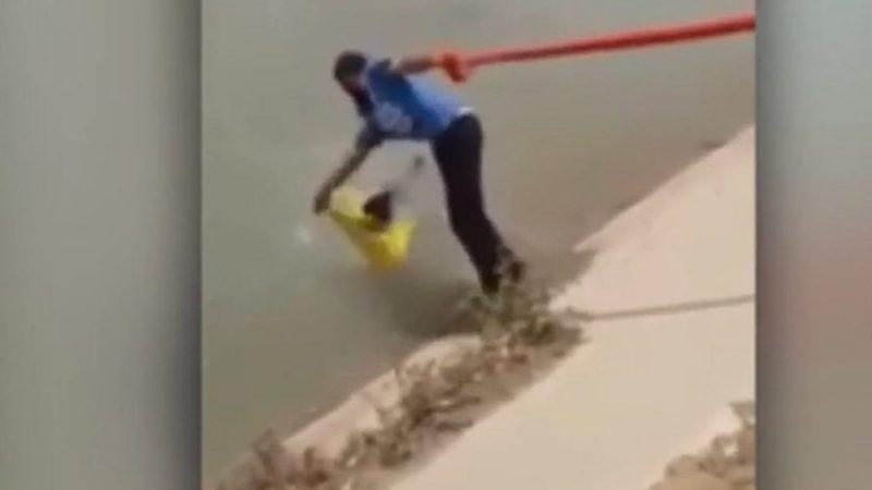 Sikh Mann rettet mit seinem Turban einen Hund vor dem Ertrinken