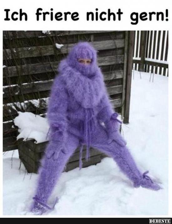 Winter Strickmode XXL. Catsuit in Lila. Es warm haben heißt nicht immer auch toll auszusehen